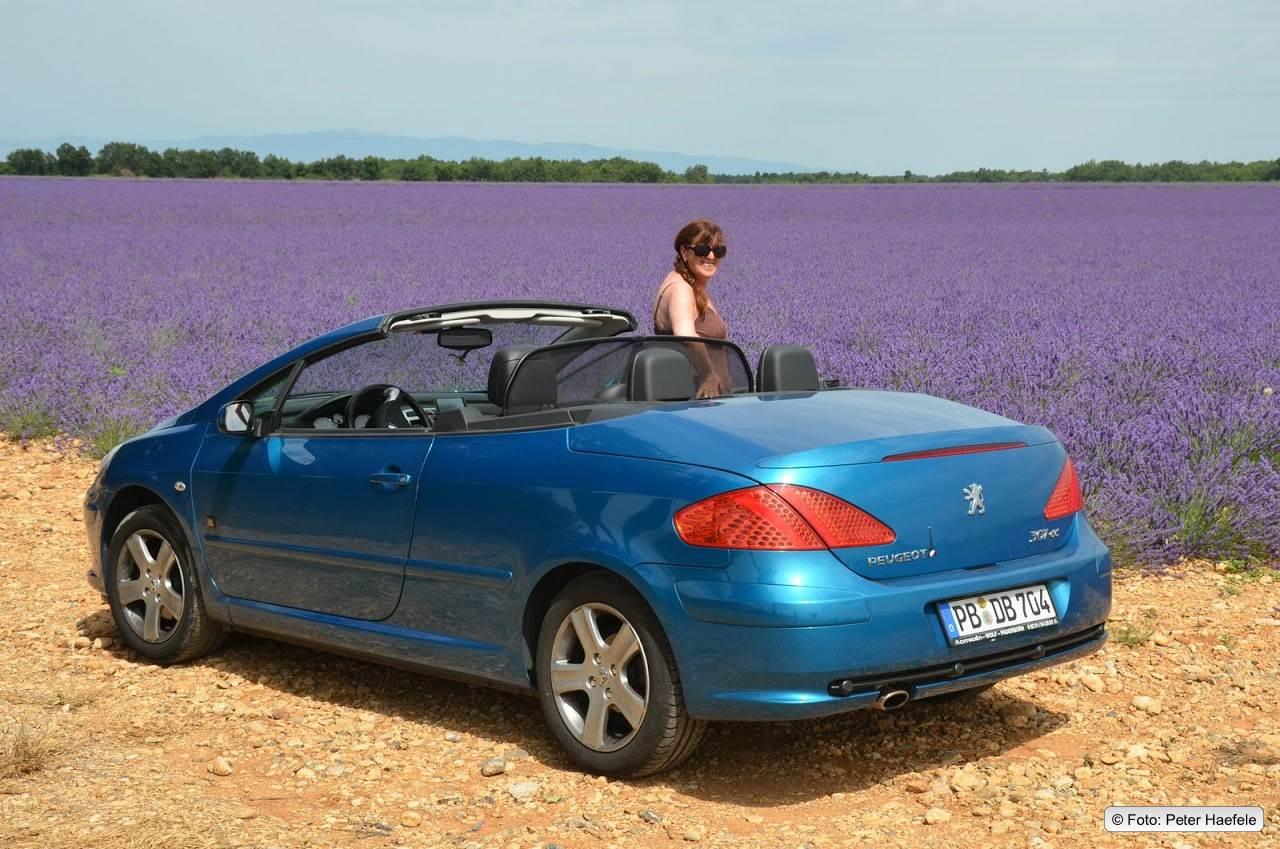 Lavendelfelder Cabrio Provence Südfrankreich