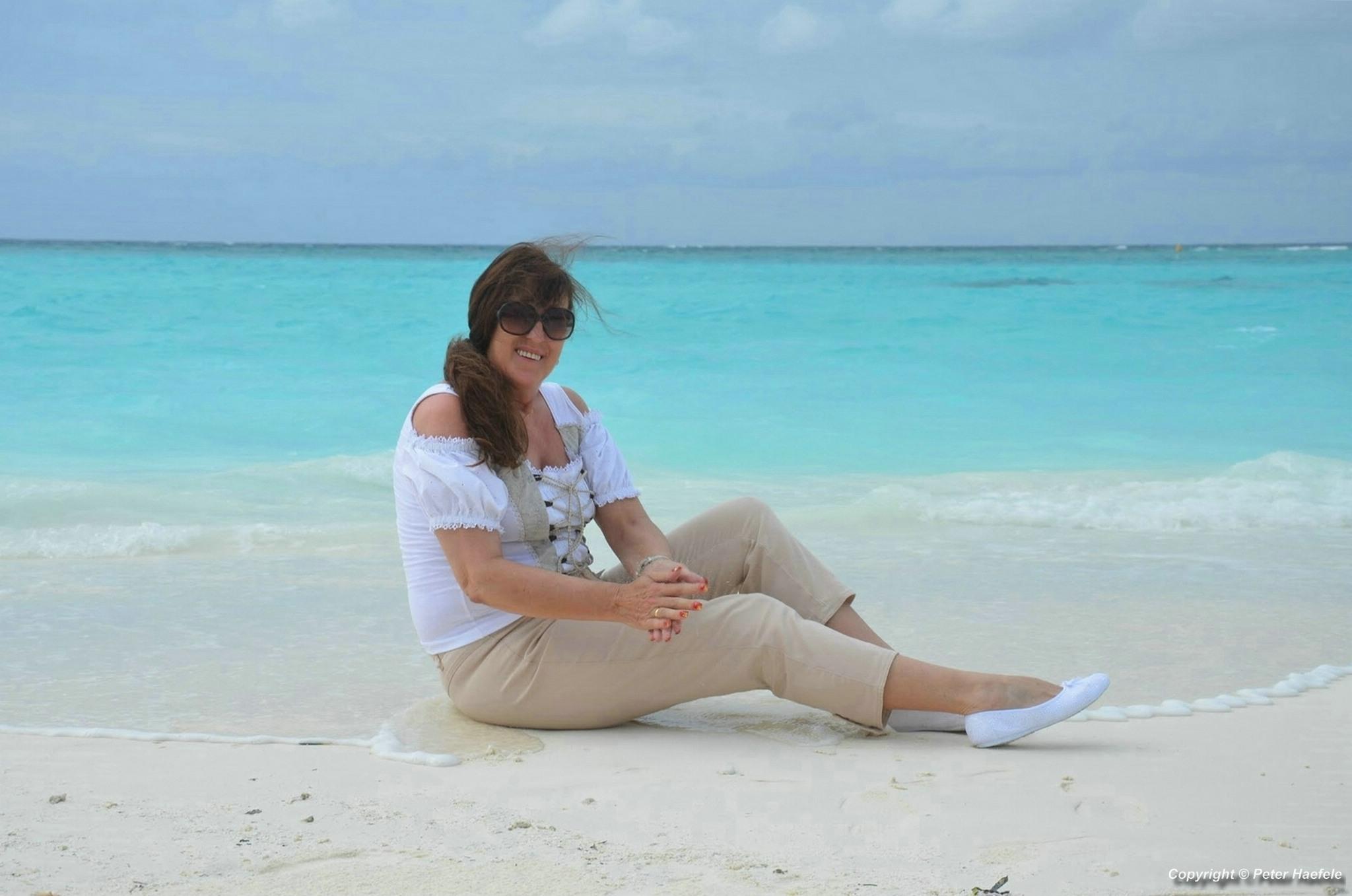 Fotoshooting am Strand von Sun Island Resort und Spa Sued Ari-Atoll Malediven